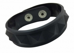 Silicone Armband - Rubber Rivets Black
