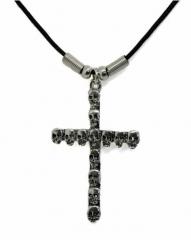 Halskette Kreuz mit Totenköpfen