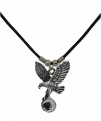 Halskette fliegender Adler
