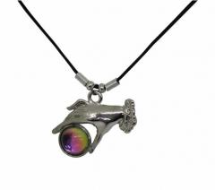 NEK-A 136 - Halskette / Mystikerin