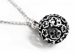 CHNK 047 - Halskette - Blumenkugel