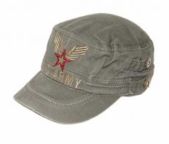 Stern mit Flügeln auf USArmee Kappe
