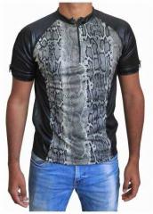 Schwarzes Unisex T-Shirt Schlangenhaut - Beige