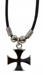 Halskette mit eisernem Kreuz