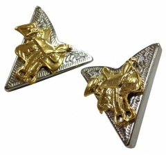 Cowboy Kragenclips - Goldener Sattel