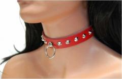 Spitznieten & Ring (Rot) Leder Choker