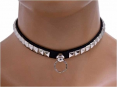 Choker Mini Pyramidennieten & Ring