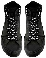 Schnürsenkel - Fußabdrücke